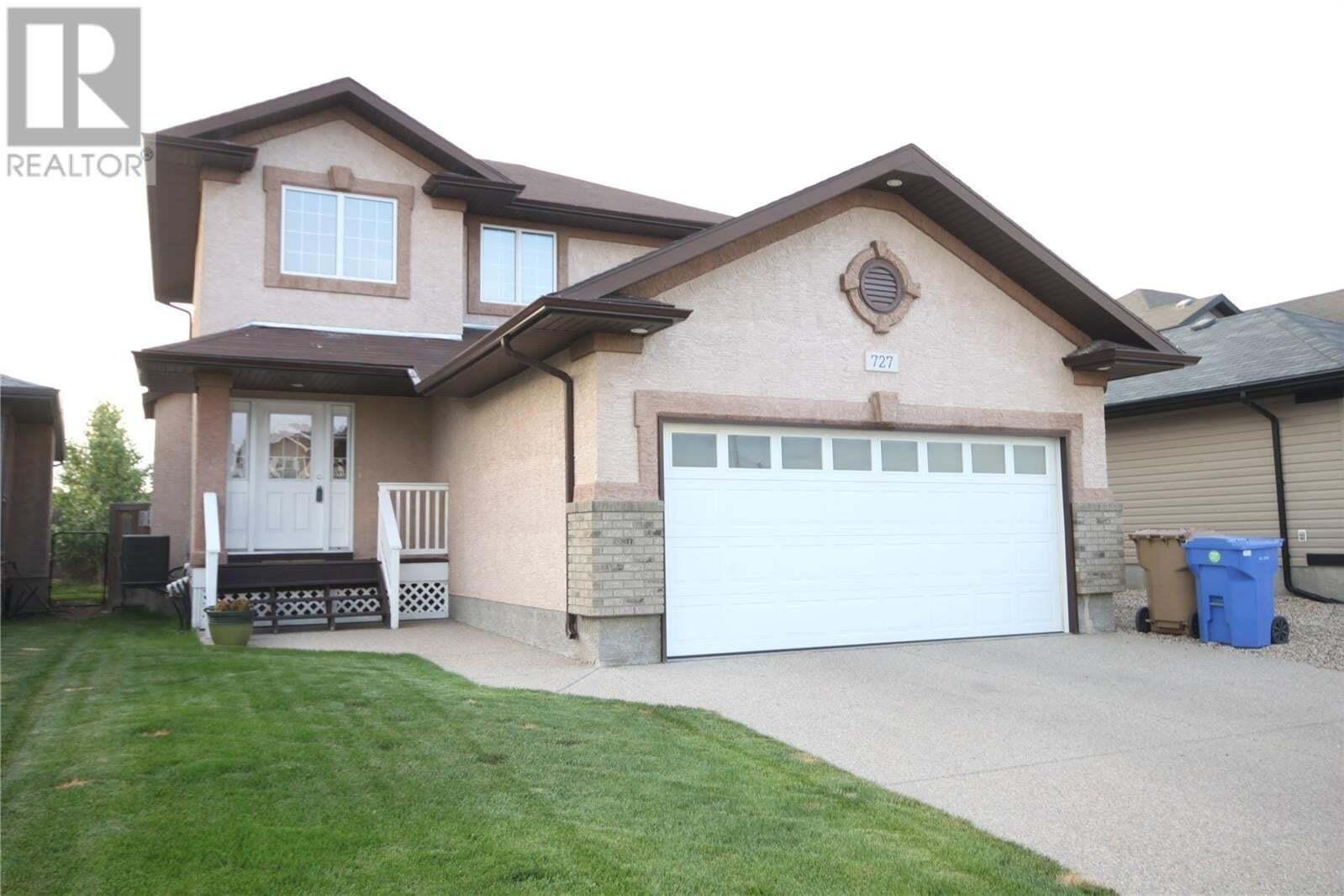 House for sale at 727 Bluebird Cres Regina Saskatchewan - MLS: SK818279