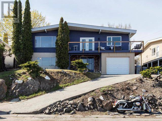 House for sale at 727 Chaparral Place  Kamloops British Columbia - MLS: 155969