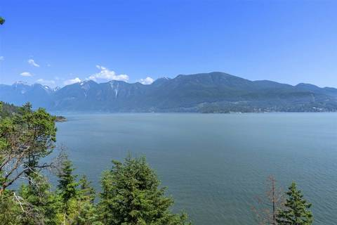House for sale at 729 Taylor Rd Bowen Island British Columbia - MLS: R2382682