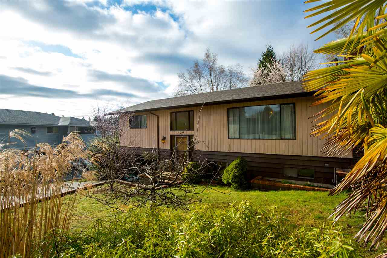 Sold: 729 Winn Road, Gibsons, BC