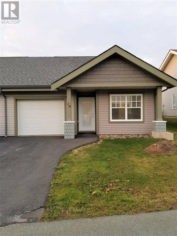 Townhouse for sale at 18 Candytuft Cs Unit 73 Eastern Passage Nova Scotia - MLS: 201925609