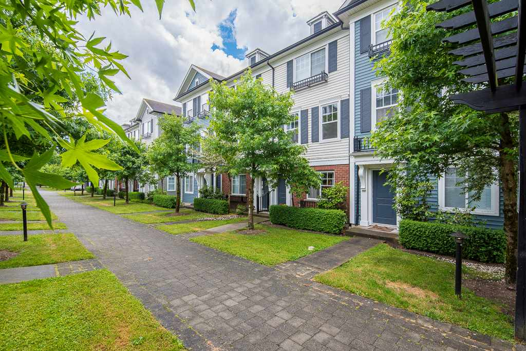 Sold: 73 - 18983 72a Avenue, Surrey, BC