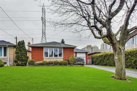 House for sale at 73 Bowerbank Dr Toronto Ontario - MLS: C4813085