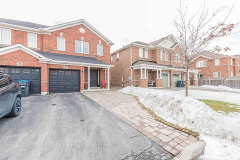 Townhouse for sale at 73 Bushmill Circ Brampton Ontario - MLS: W4389072