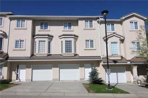 Townhouse for sale at 73 Hamptons Li Northwest Calgary Alberta - MLS: C4291207