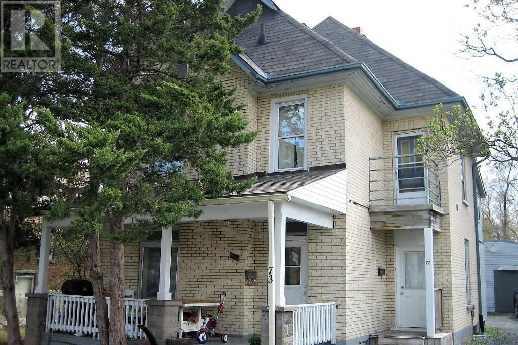 Townhouse for sale at 73 Lansdowne St West Peterborough Ontario - MLS: 40024685