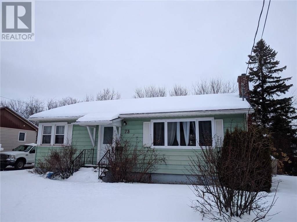 House for sale at 73 Lynwood Dr Moncton New Brunswick - MLS: M127059