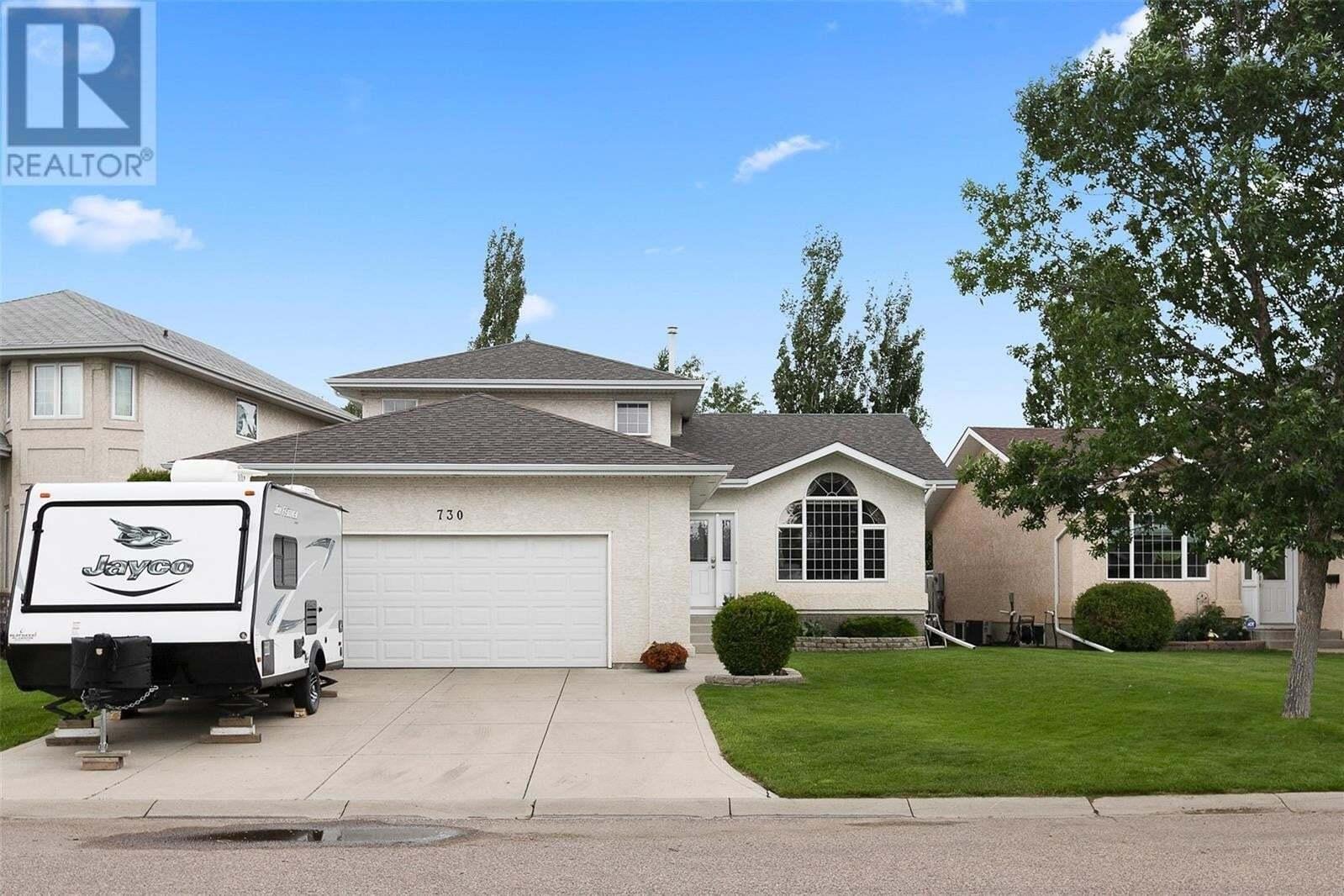 House for sale at 730 Chotem Cres Saskatoon Saskatchewan - MLS: SK817298