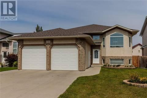 House for sale at 730 Greaves Cres Saskatoon Saskatchewan - MLS: SK744508