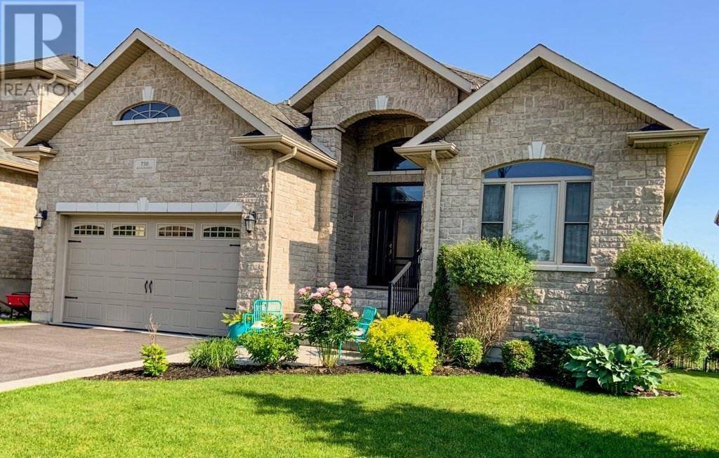 House for sale at 730 Kananaskis Dr Kingston Ontario - MLS: K19006253