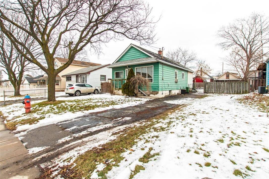 House for sale at 730 Knox Ave Hamilton Ontario - MLS: H4072118