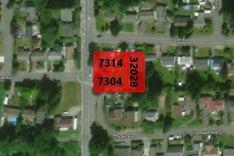 Home for sale at 7304 Wren St Mission British Columbia - MLS: R2374385