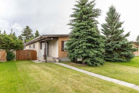 Townhouse for sale at 7305 37 Ave NW Calgary Alberta - MLS: A1015631