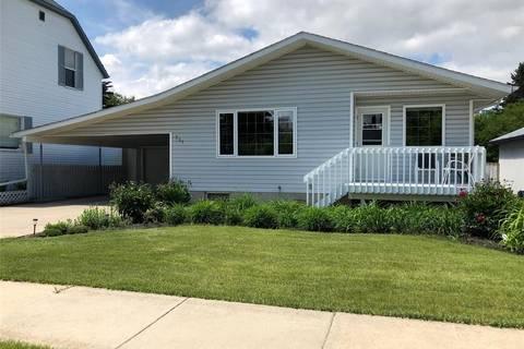 House for sale at 731 10th St Humboldt Saskatchewan - MLS: SK806620
