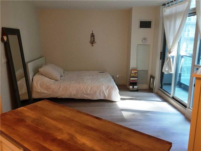 For Sale: 731 - 600 Fleet Street, Toronto, ON | 0 Bed, 1 Bath Condo for $419,900. See 12 photos!