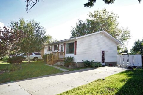 House for sale at 7310 98 St Grande Prairie Alberta - MLS: A1018969