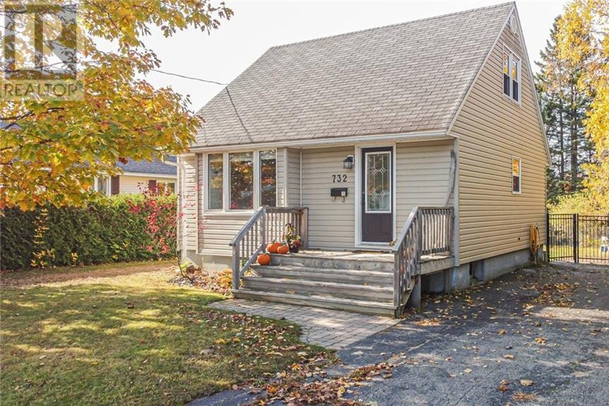 House for sale at 732 Mcevoy St Fredericton New Brunswick - MLS: NB050796