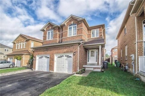 Townhouse for rent at 7335 Rosehurst Dr Mississauga Ontario - MLS: W4966431