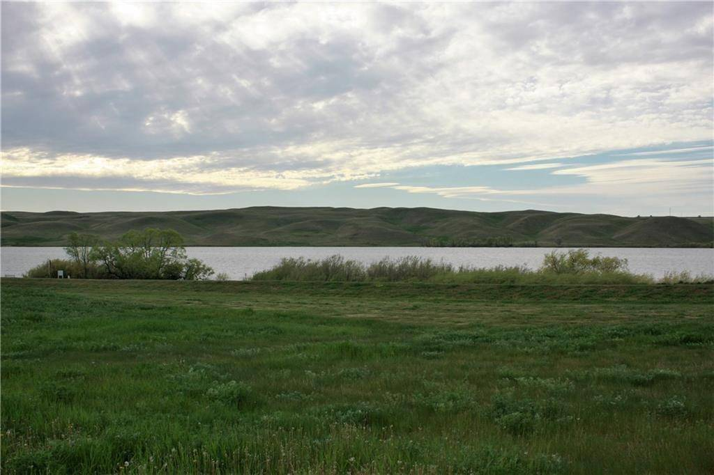 Home for sale at 734 Lakeside Dr Little Bow, Rural Vulcan County Alberta - MLS: C4243461