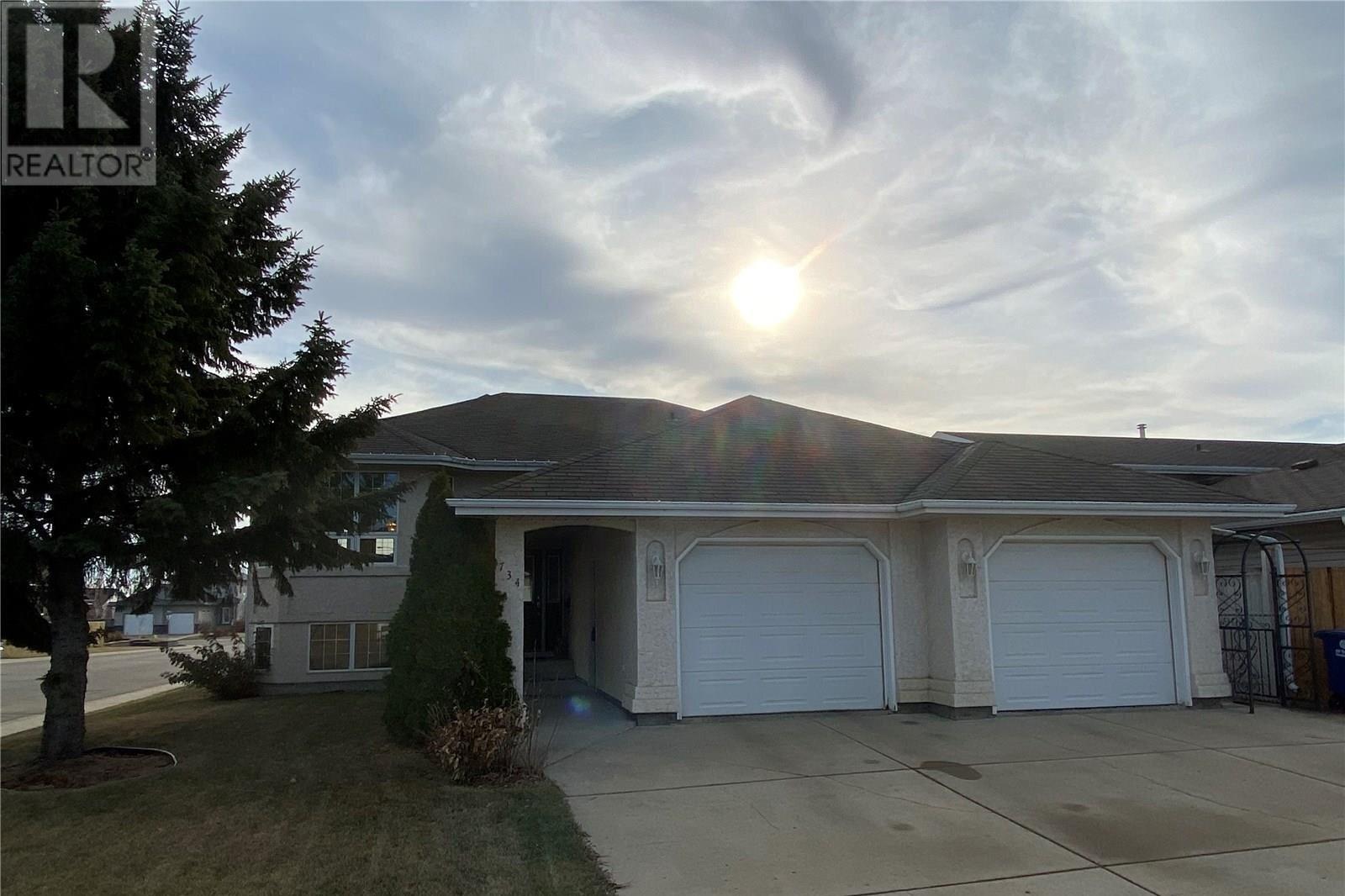 House for sale at 734 Slater Cres Martensville Saskatchewan - MLS: SK833197