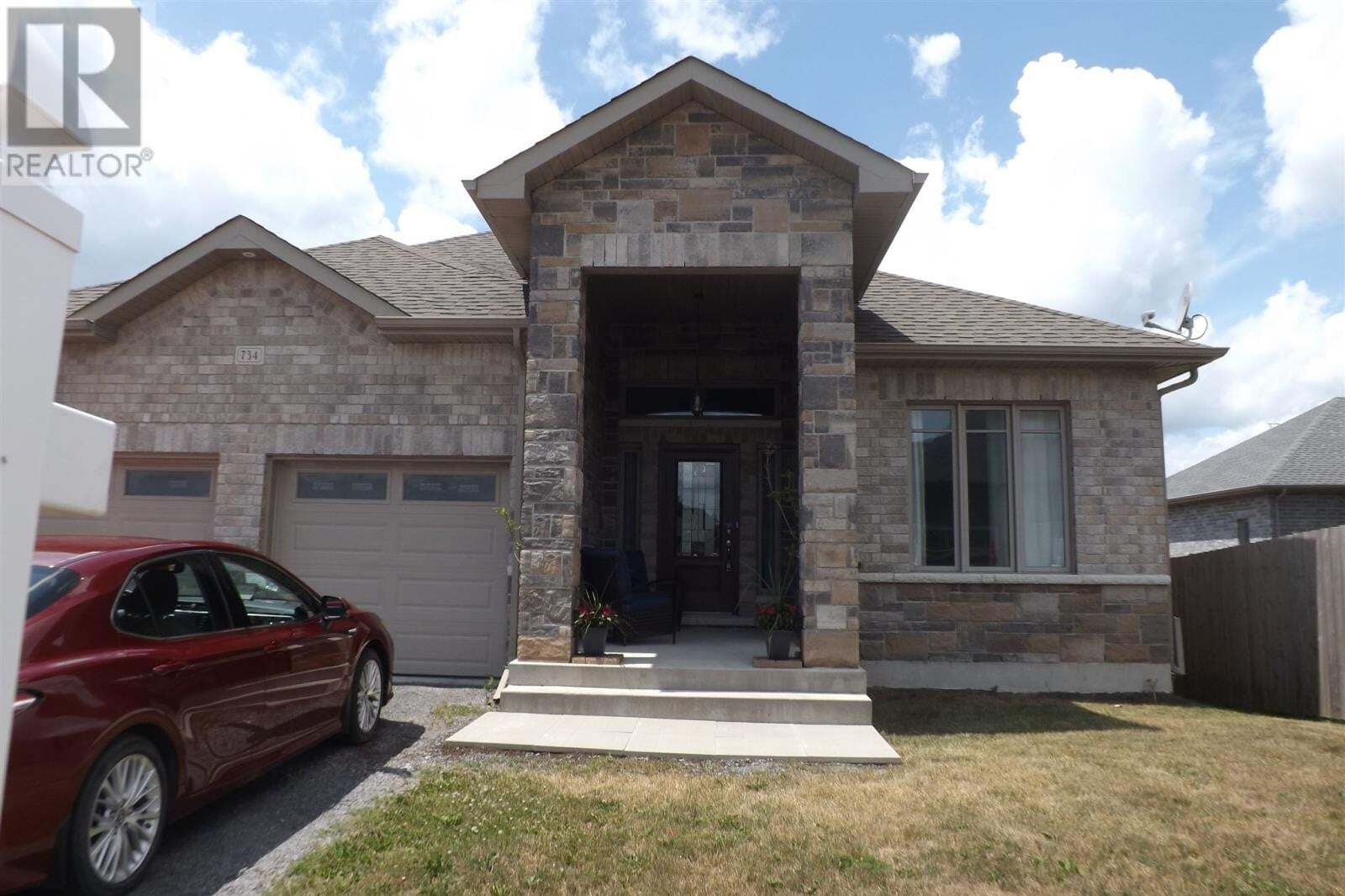 House for sale at 734 Squirrel Hill Dr Kingston Ontario - MLS: K20002910