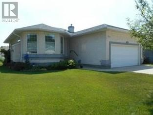 For Sale: 734 Sun Valley Drive, Estevan, SK | 3 Bed, 3 Bath House for $369,000. See 29 photos!