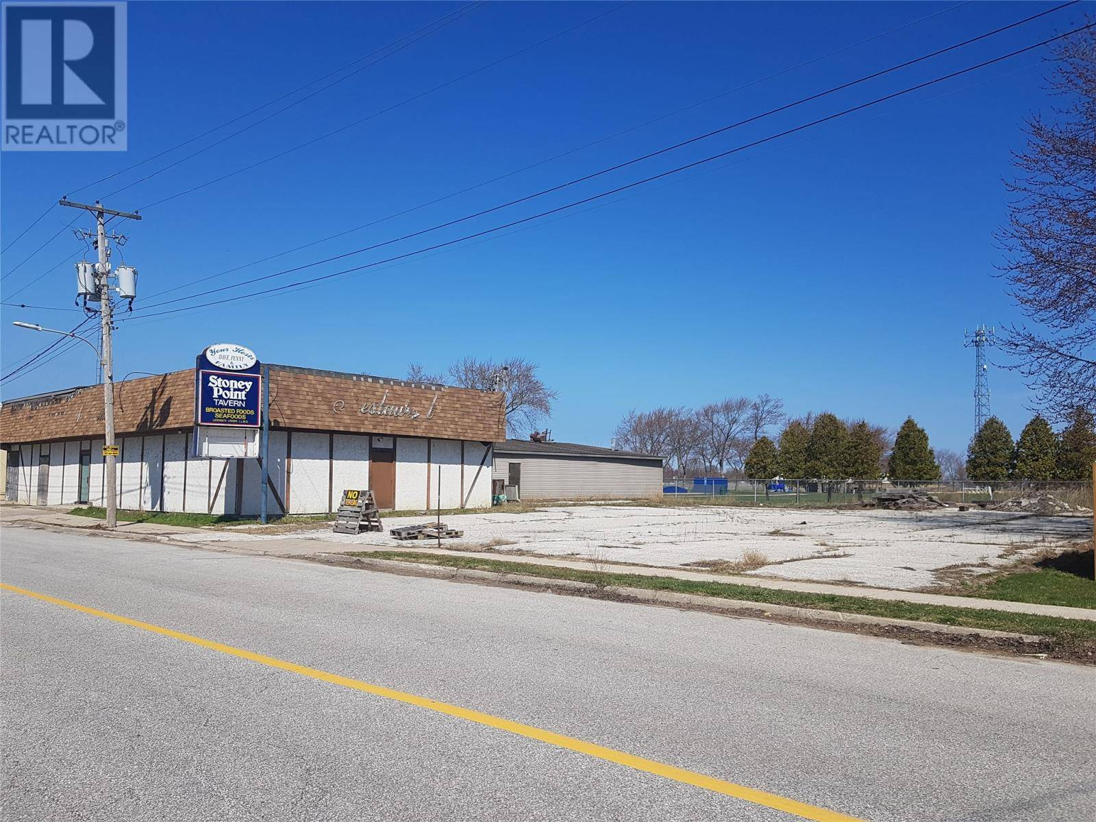 Commercial property for sale at 7340 Tecumseh Rd Lakeshore Ontario - MLS: 20004542