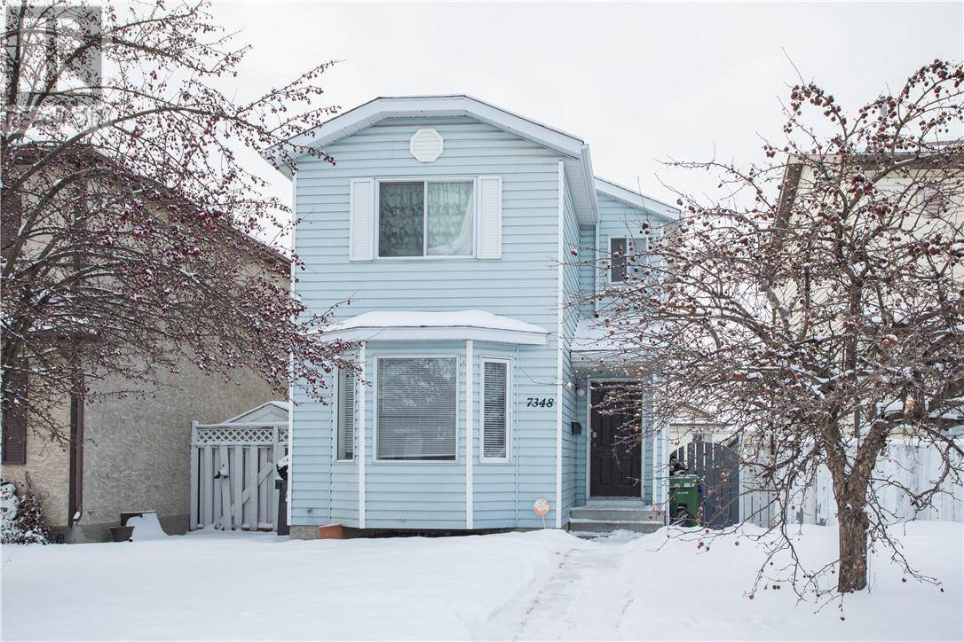 House for sale at 7348 59 Ave Red Deer Alberta - MLS: ca0184129