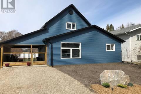 House for sale at 735 10th St Humboldt Saskatchewan - MLS: SK768157