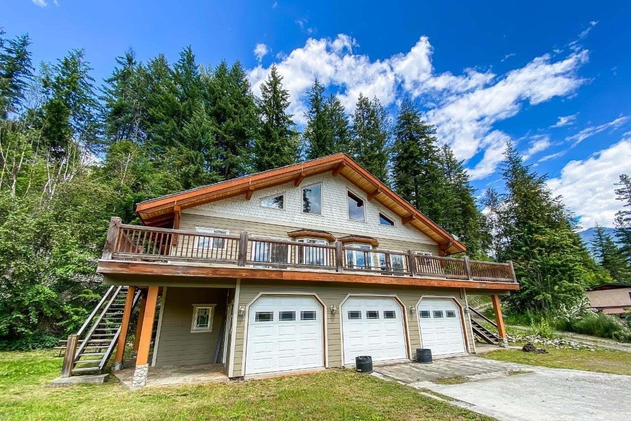 House for sale at 737 Higashi Wy Kaslo British Columbia - MLS: 2452963