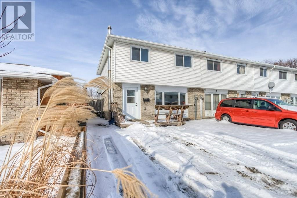 Removed: 737 Parkview Crescent, Cambridge, ON - Removed on 2020-02-04 05:09:26