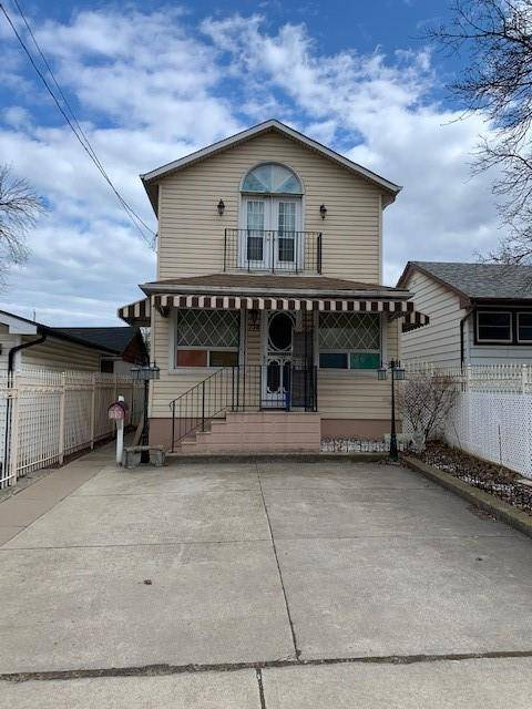 House for sale at 738 Knox Ave Hamilton Ontario - MLS: H4074781