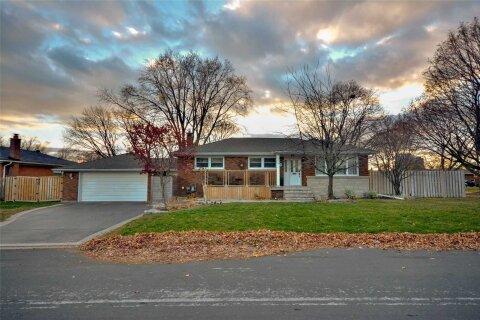 House for sale at 738 Parker Cres Burlington Ontario - MLS: W4995853