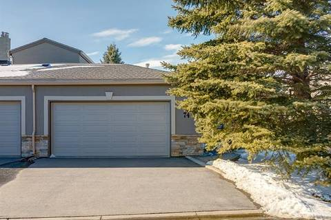 Townhouse for sale at 1815 Varsity Estates Dr Northwest Unit 74 Calgary Alberta - MLS: C4291211
