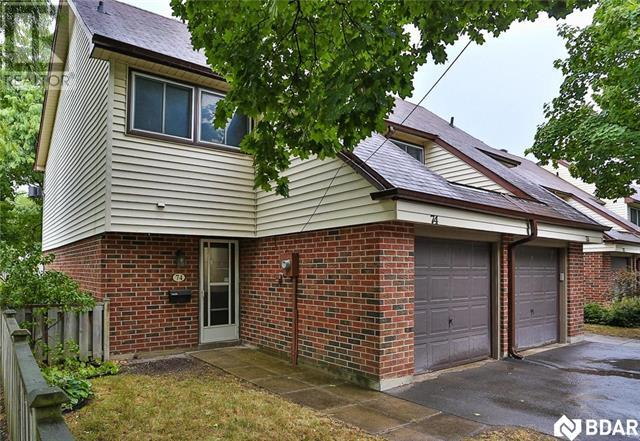 Buliding: 28 Donald Street, Barrie, ON
