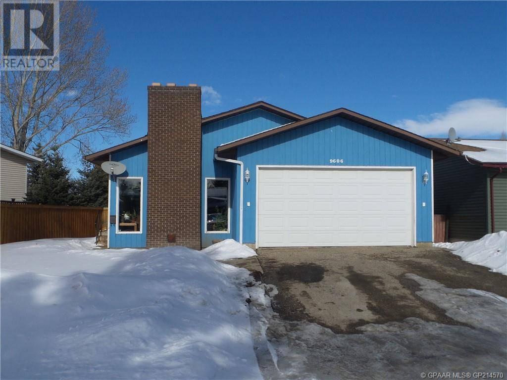 House for sale at 9606 74 Avenue Ave Unit 74 Grande Prairie Alberta - MLS: GP214570