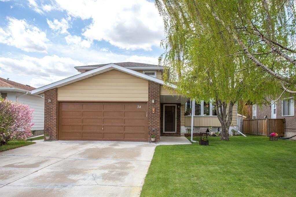 House for sale at 74 Card Cres Red Deer Alberta - MLS: CA0193975