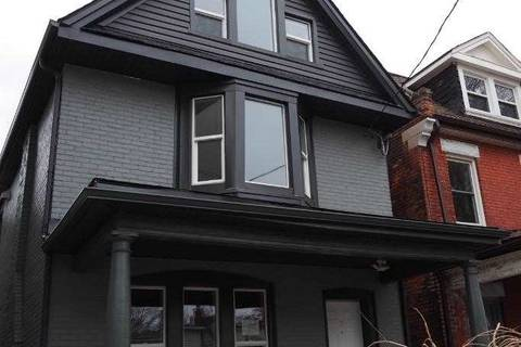 Townhouse for sale at 74 Cathcart St Hamilton Ontario - MLS: X4679327