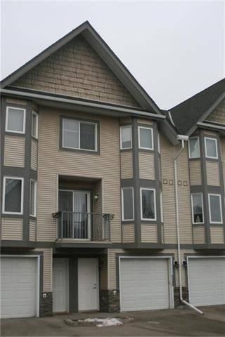 Townhouse for sale at 74 Cedarwood Ln Southwest Calgary Alberta - MLS: C4244981
