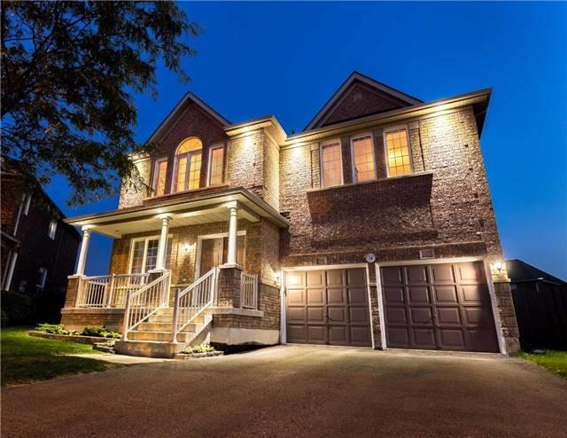 For Sale: 74 Ferncroft Place, Brampton, ON | 4 Bed, 5 Bath House for $972,500. See 20 photos!