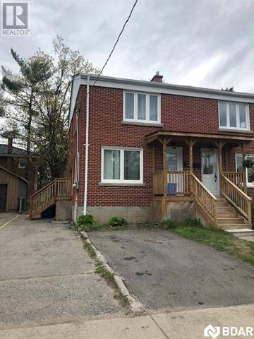 Townhouse for sale at 74 John St Barrie Ontario - MLS: 30737336