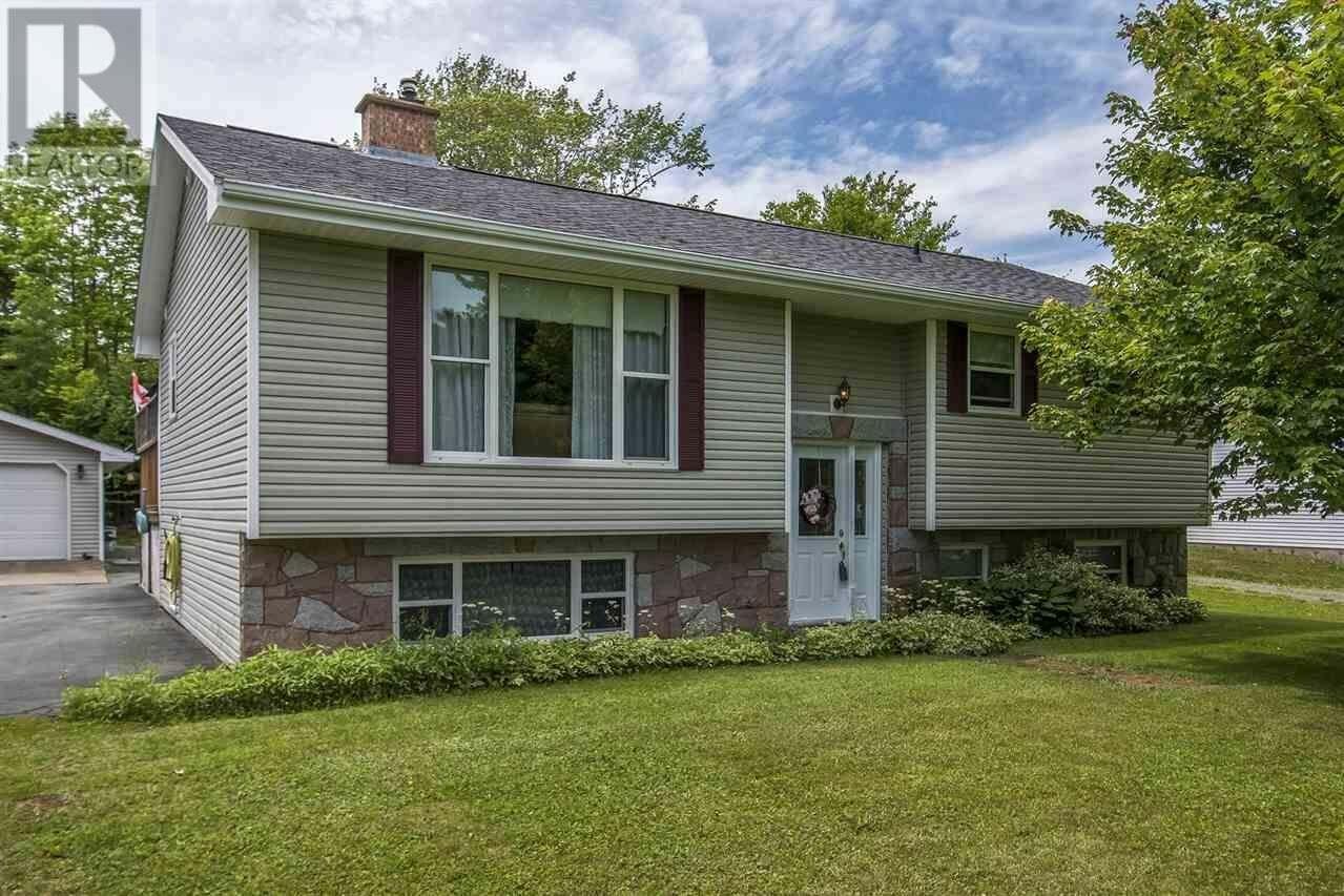 House for sale at 74 Karen Cres Porters Lake Nova Scotia - MLS: 202011588
