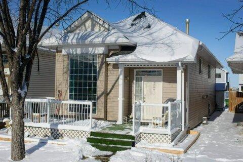 House for sale at 74 Martinridge Cres NE Calgary Alberta - MLS: A1049043
