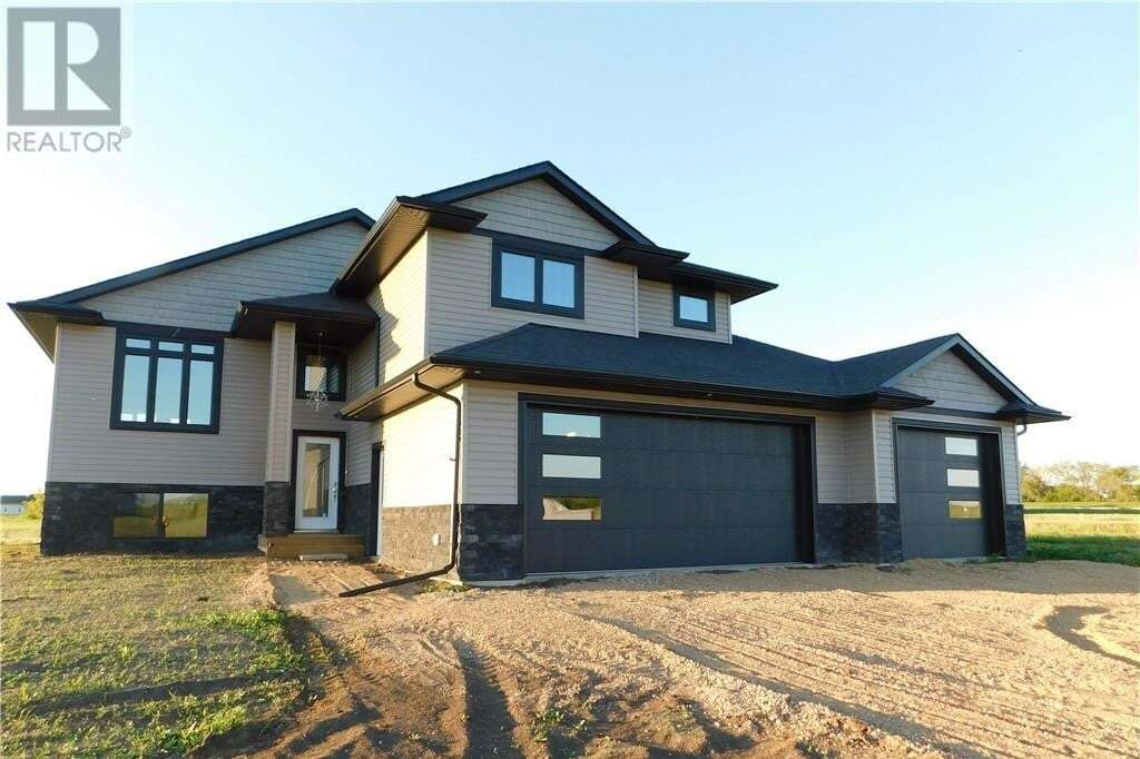 House for sale at 74 Meadowlark Cres Blucher Rm No. 343 Saskatchewan - MLS: SK815753