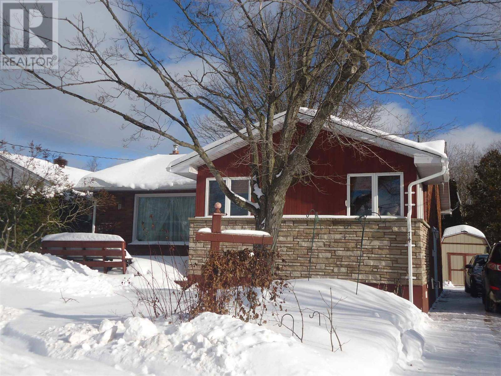 House for sale at 74 Moluch St Sault Ste. Marie Ontario - MLS: SM127767