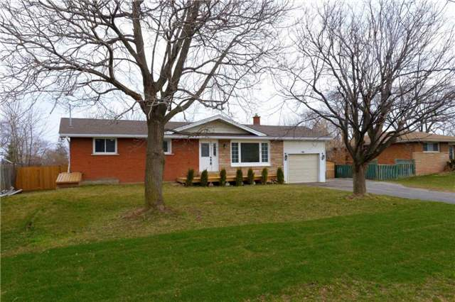 Sold: 74 North Service Road, Grimsby, ON