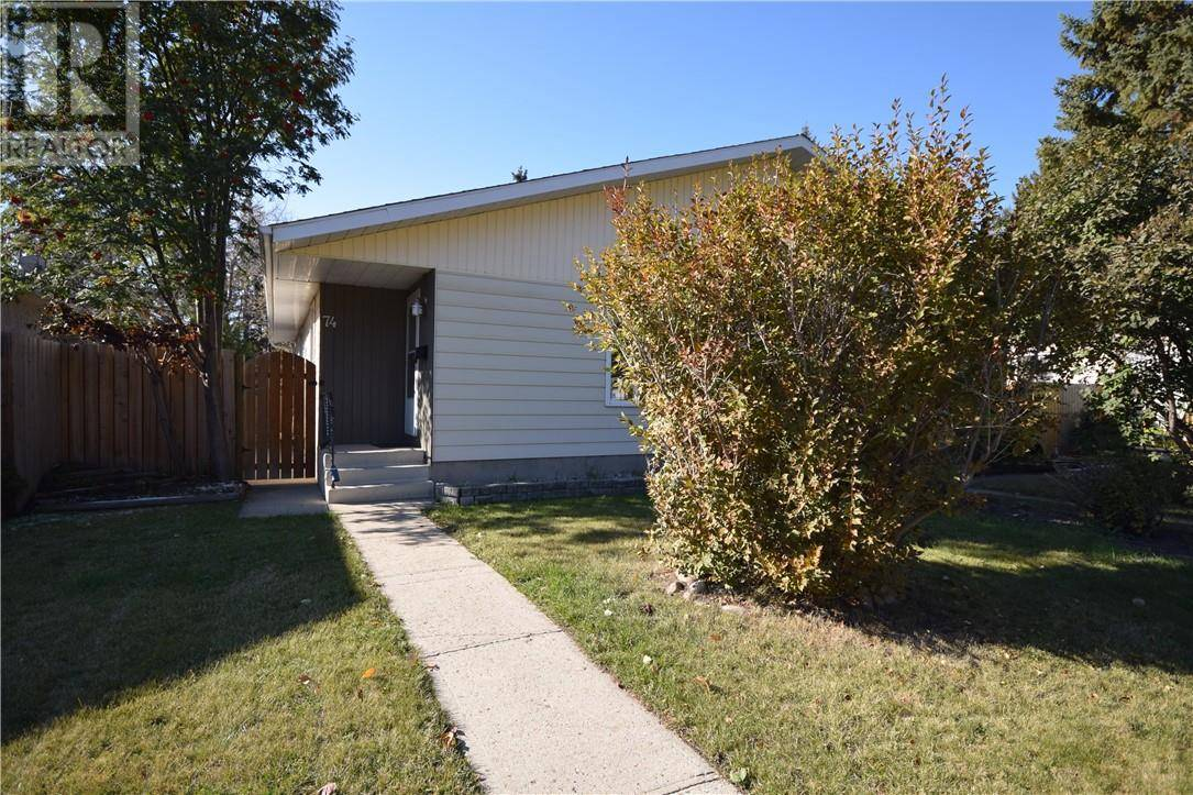 Townhouse for sale at 74 Page Ave Red Deer Alberta - MLS: ca0190644