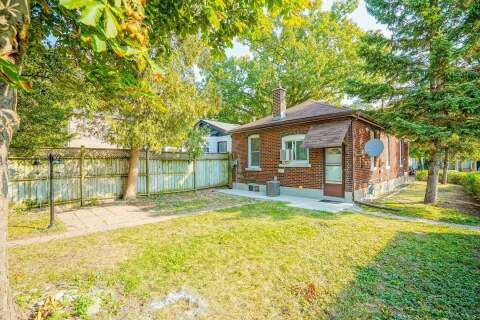House for sale at 74 Patterson Ave Toronto Ontario - MLS: E4947318
