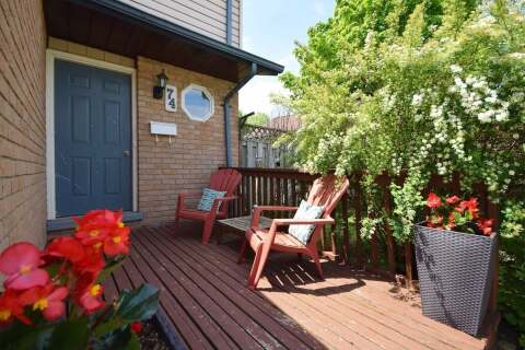 Townhouse for sale at 74 Scott Cres Barrie Ontario - MLS: S4782433