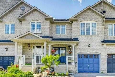 Townhouse for sale at 74 Zokol Dr Aurora Ontario - MLS: N4796286